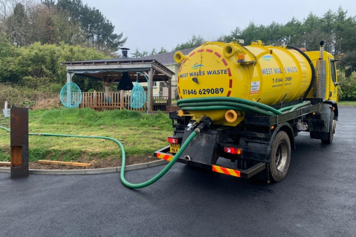 How do you know when your septic tank needs emptying